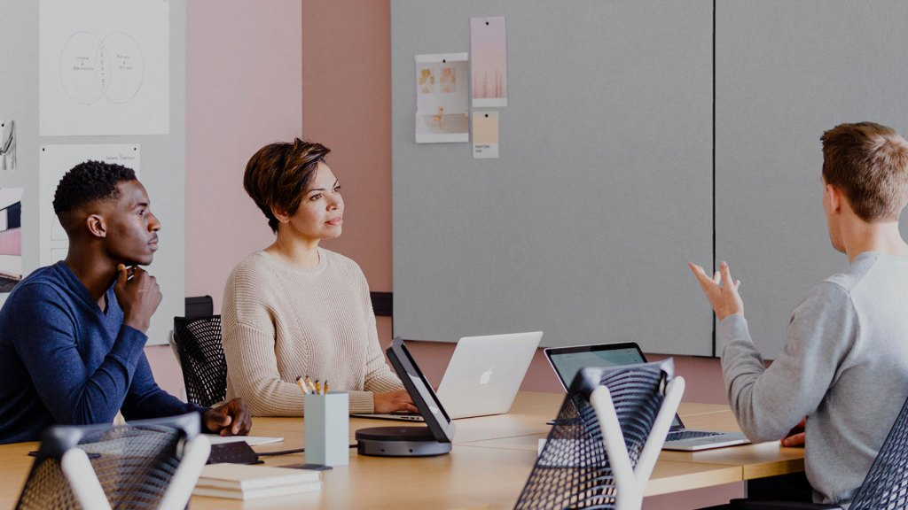 X Ways to Boost Collaborative Potential Between Remote Employees