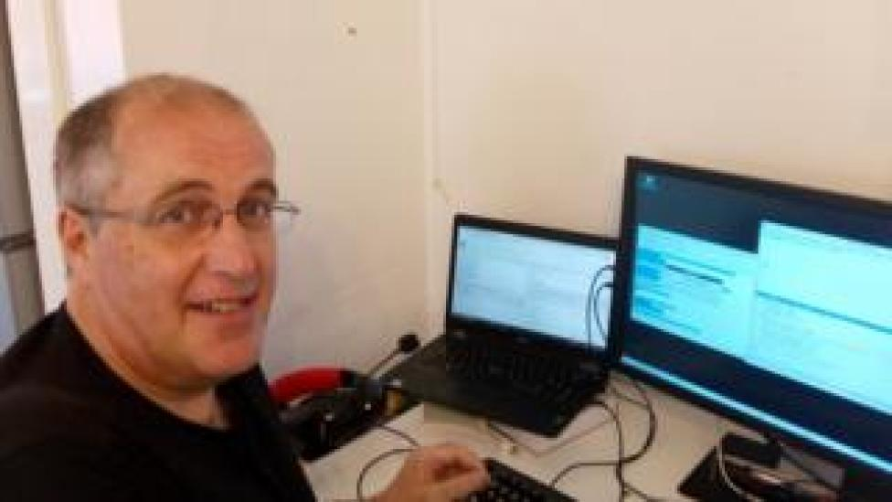 Paul Hewson finds background noise helps him concentrate