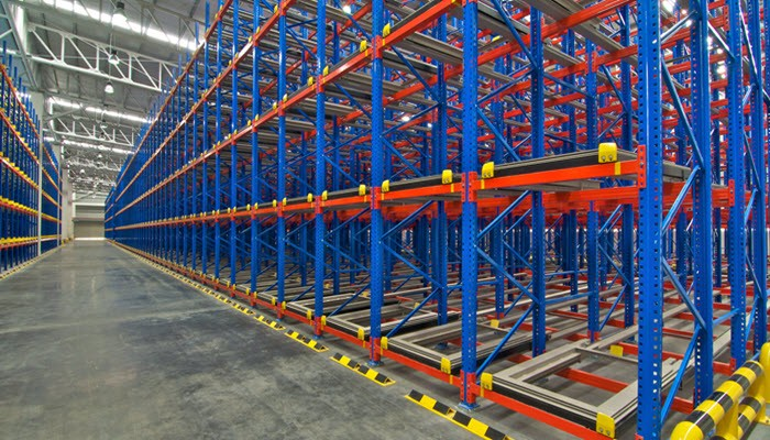 Palletline: Pallet Racking Systems and Why You Should Choose Professional Pallet Carriers