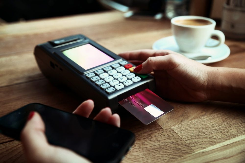 How to Choose the Right Payment Terminal Stand?