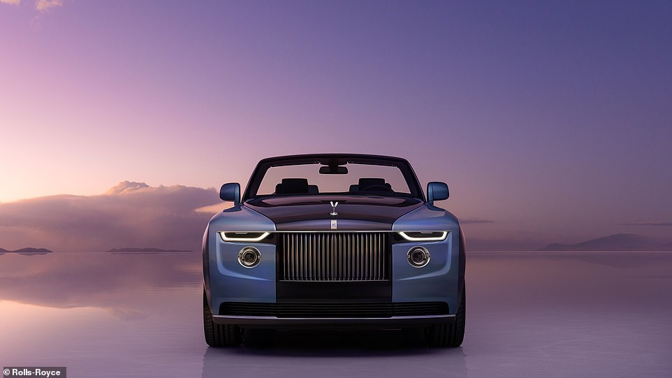 Under the bonnet of the Boat Tail is Rolls-Royce's massive 6.7-litre V12 twin turbo-charged petrol engine developing around 570 horsepower and linked to an 8-speed automatic