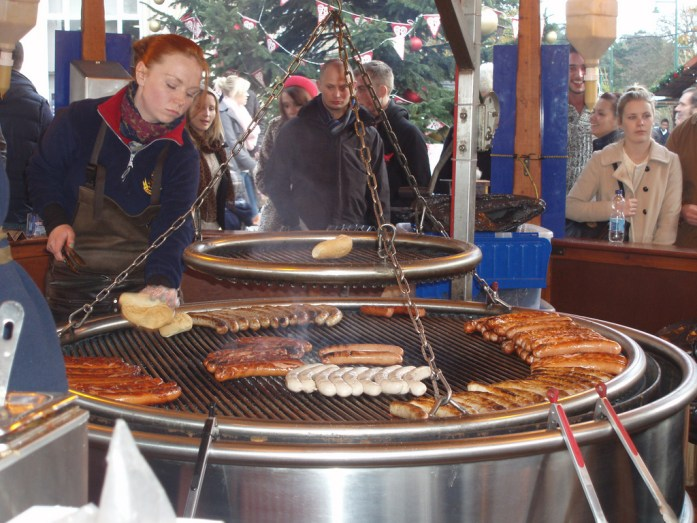 10 Must-Visit Christmas Markets Around the World for Foodies Manchester Bratwurst