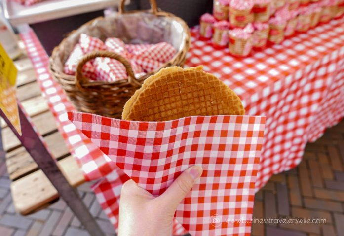 10 Interesting Things to Do in Amsterdam - Stroopwafel