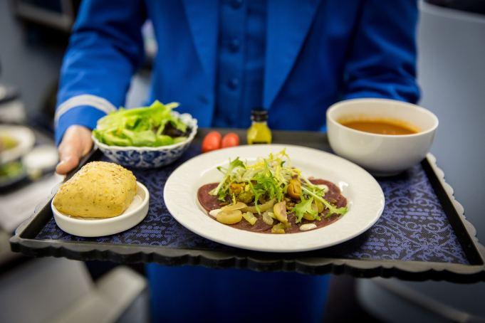 KLM breidt culinaire service uit naar vluchten Tokyo