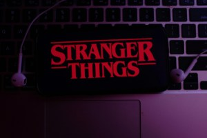 binge-worthy shows on Netflix