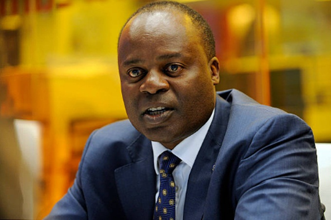 Bank of Uganda Deputy Governor Dr. Louis Kasekende has said that it's not the role of a Central Bank or Bank of Uganda to bail out banks in insolvency but can bail out those that have liquidity challenges.
