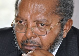 The Governor Bank of Uganda, Emmanuel Tumusiime Mutebile has said the level of external political interference contributed to Bank of Uganda holding back on its supervision roles hence leading to Banks insolvency or failures.