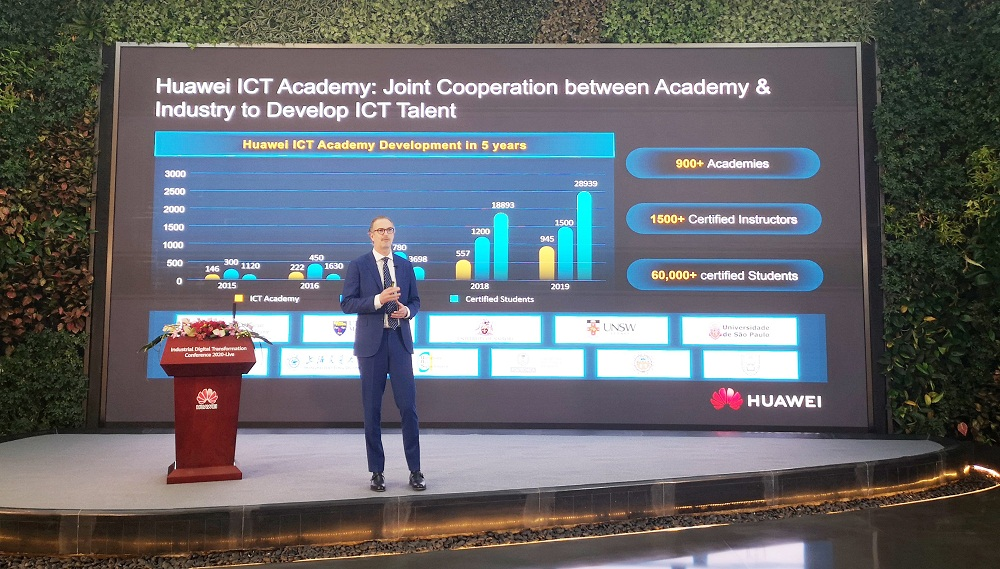 At the Industrial Digital Transformation Conference-Live, Huawei officially released the Huawei ICT Academy Program 2.0.
