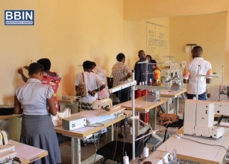 Women working in the textile sector in Burundi will soon be able to produce high-quality cloth after undergoing skills and entrepreneurial empowerment through an incubator project supported by the Federation of Women in Business for Eastern and Southern Africa (FEMCOM) in partnership with African Union Development Agency (AUDA-NEPAD) Spanish Fund.