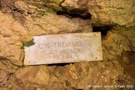 Data di esplorazione/rilievo del tratto a monte del Ramo Attivo di Destra situata al suo termine (foto Sandro Sedran S-Team)