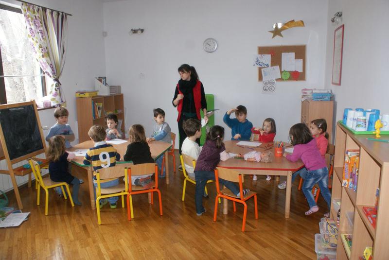 Busy Bees Academy - activitati gradinita
