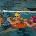 Beneficiile inotului pentru copii