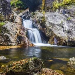 Sunburst Falls Hike