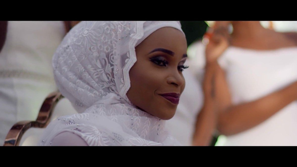VIDEO: Bisa Kdei – Feeling ft Reekado Banks
