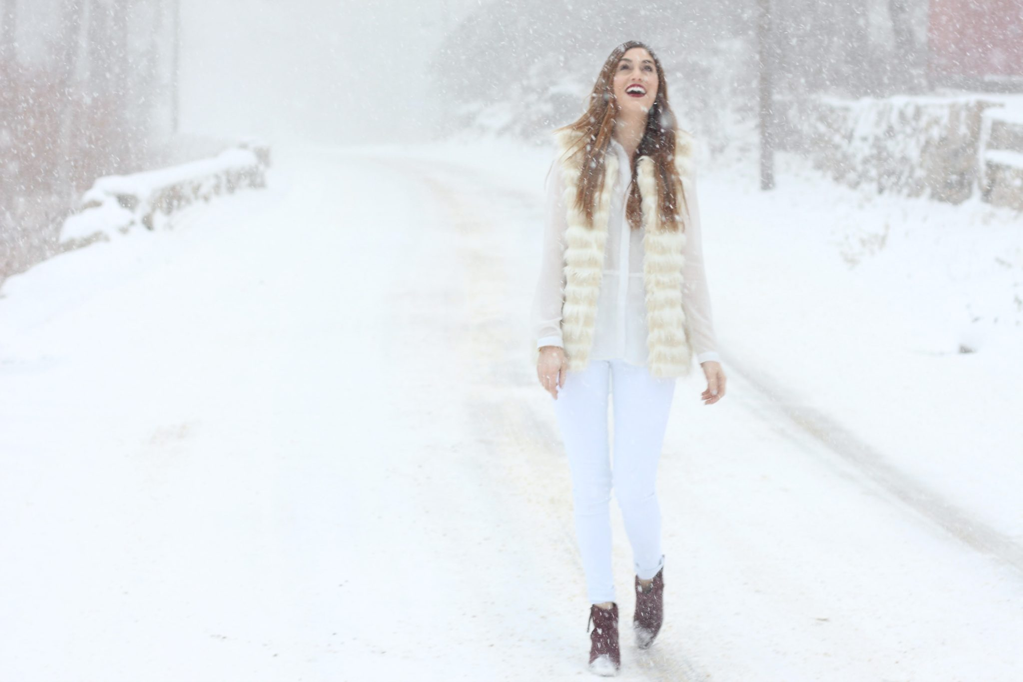 winter-whites-and-fur-vest