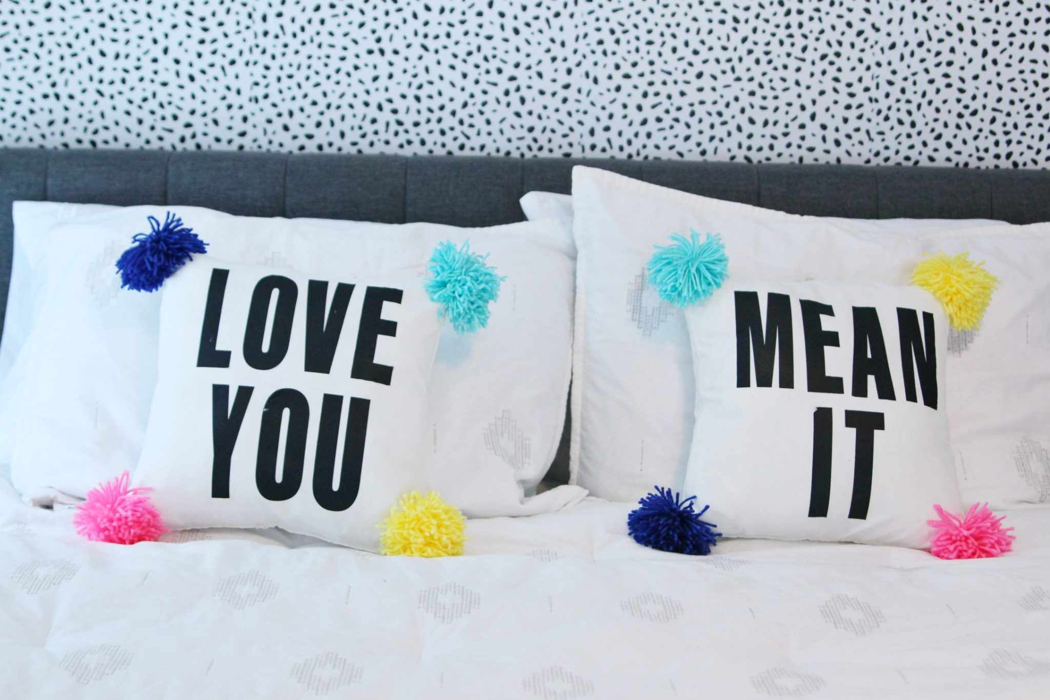 DIY Pom Pom Pillow with Text | No-Sew Pillowcase