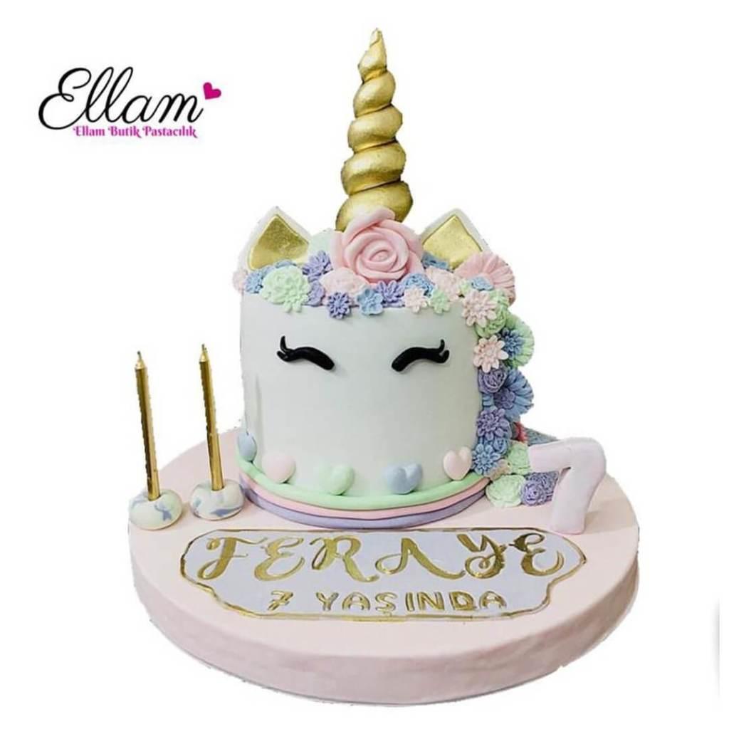 unicorn temalı butik pasta