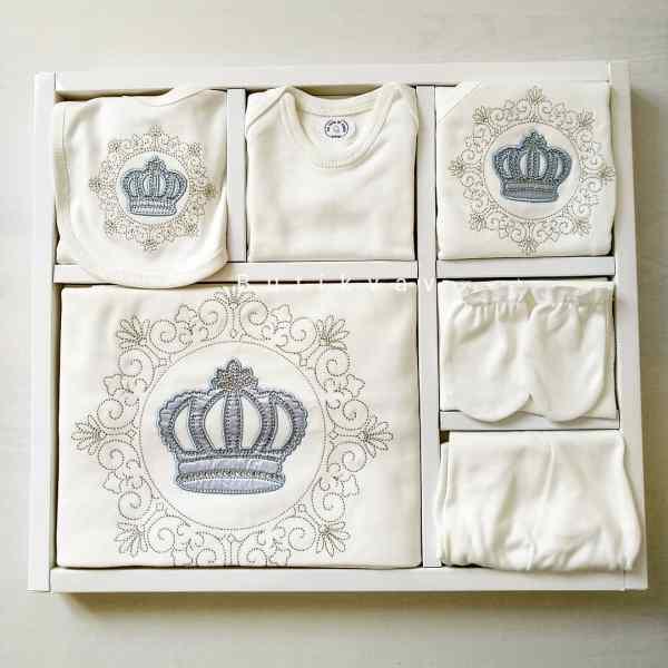 Erkek Bebek Prens Taç Süslemeli 10lu Hastane Çıkışı 03 - Erkek Bebek Prens Taç Süslemeli 10'lu Hastane Çıkışı