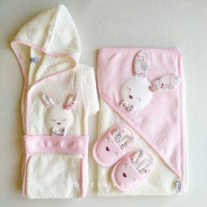gaye bebe kiz bebek tavsanli bornoz seti pembe 01 scaled - Gaye Bebe Kız Bebek Tavşanlı Bornoz Seti - pembe