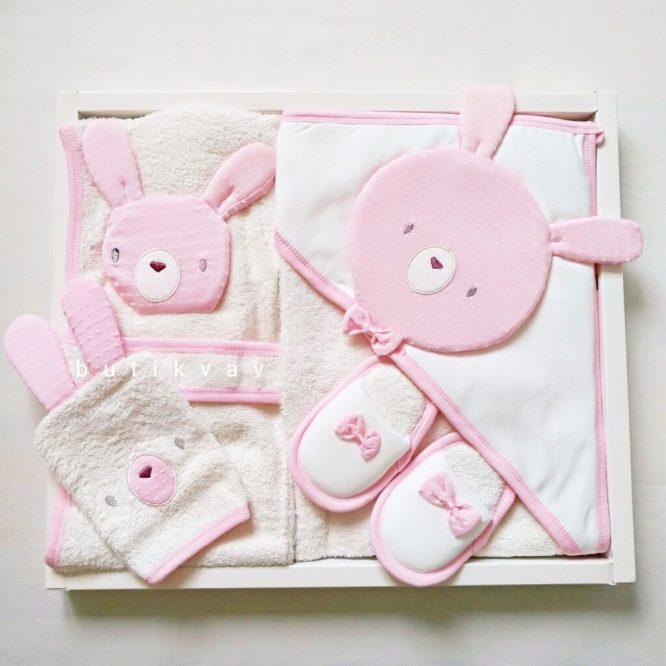 gaye bebe kiz bebek tavsan kafa bornoz seti pembe 01 scaled - Gaye Bebe Kız Bebek Tavşan Kafa Bornoz Seti Pembe