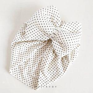 kiz bebek fiyonklu bone sac aksesuari kopya 01 scaled - Kız Bebek Fiyonklu Bone Saç Aksesuarı