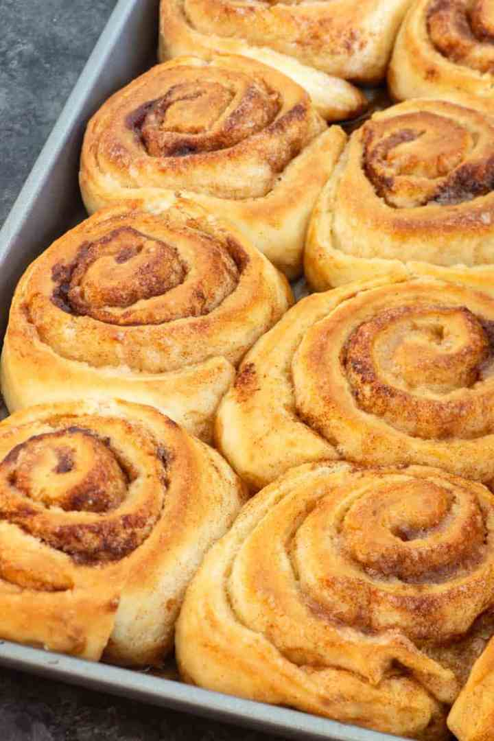 A pan of The Pioneer Woman's Cinnamon Rolls without frosting