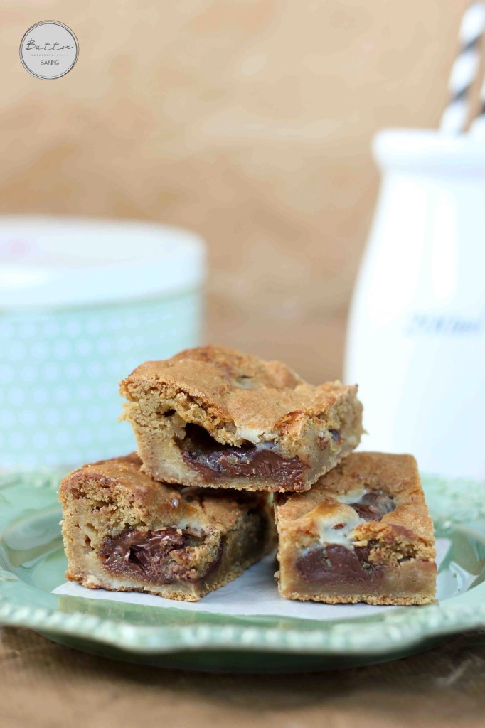 Gooey Nutella Condensed Milk Cookie Bars | Butter Baking