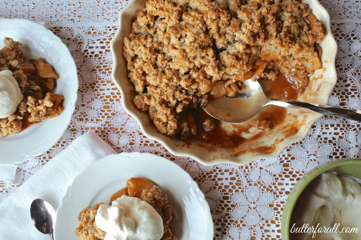 Maple Pecan Apple Crisp With Oats And Spices