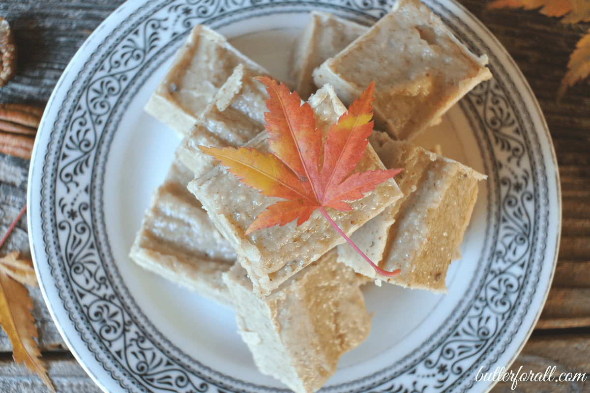 Maple Pecan Fudge – Paleo And Keto Friendly With Coconut Butter