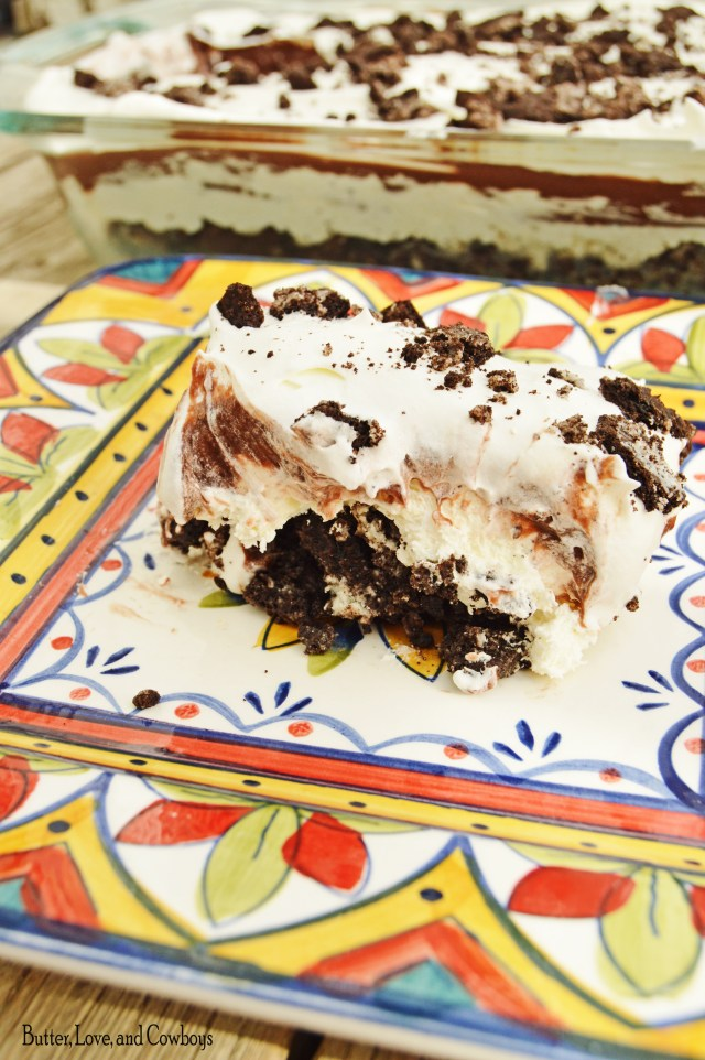 Heavenly Oreo Dessert from butterloveandcowboys.com