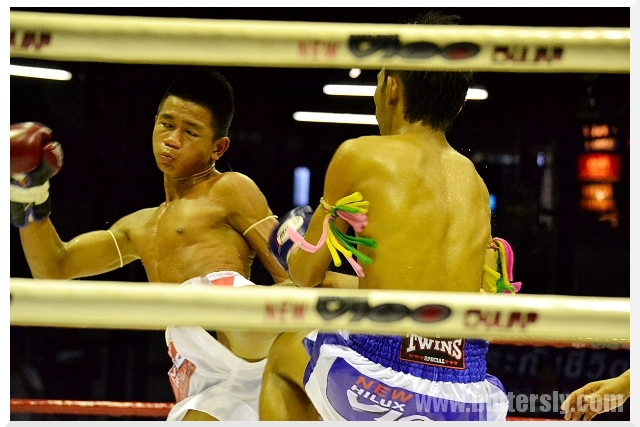muay thai middle kick
