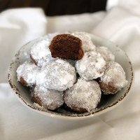 Chocolate Snowball Cookies (Keto, Low Carb)