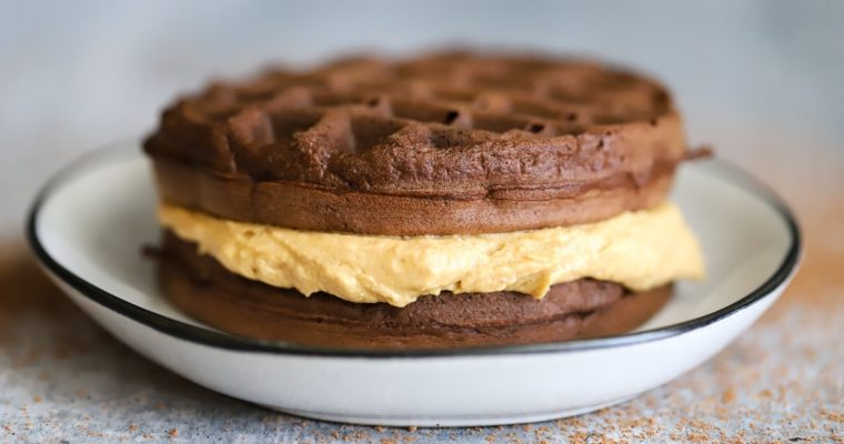 Keto Peanut Butter Cup Chaffle