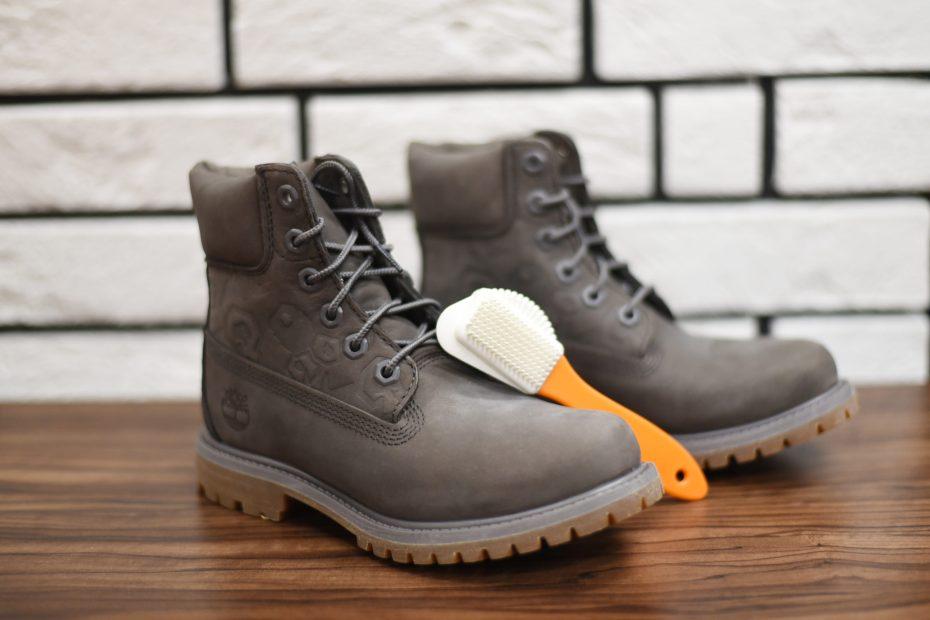jak pozbyć się niewielkich zabrudzeń na butach Timberland