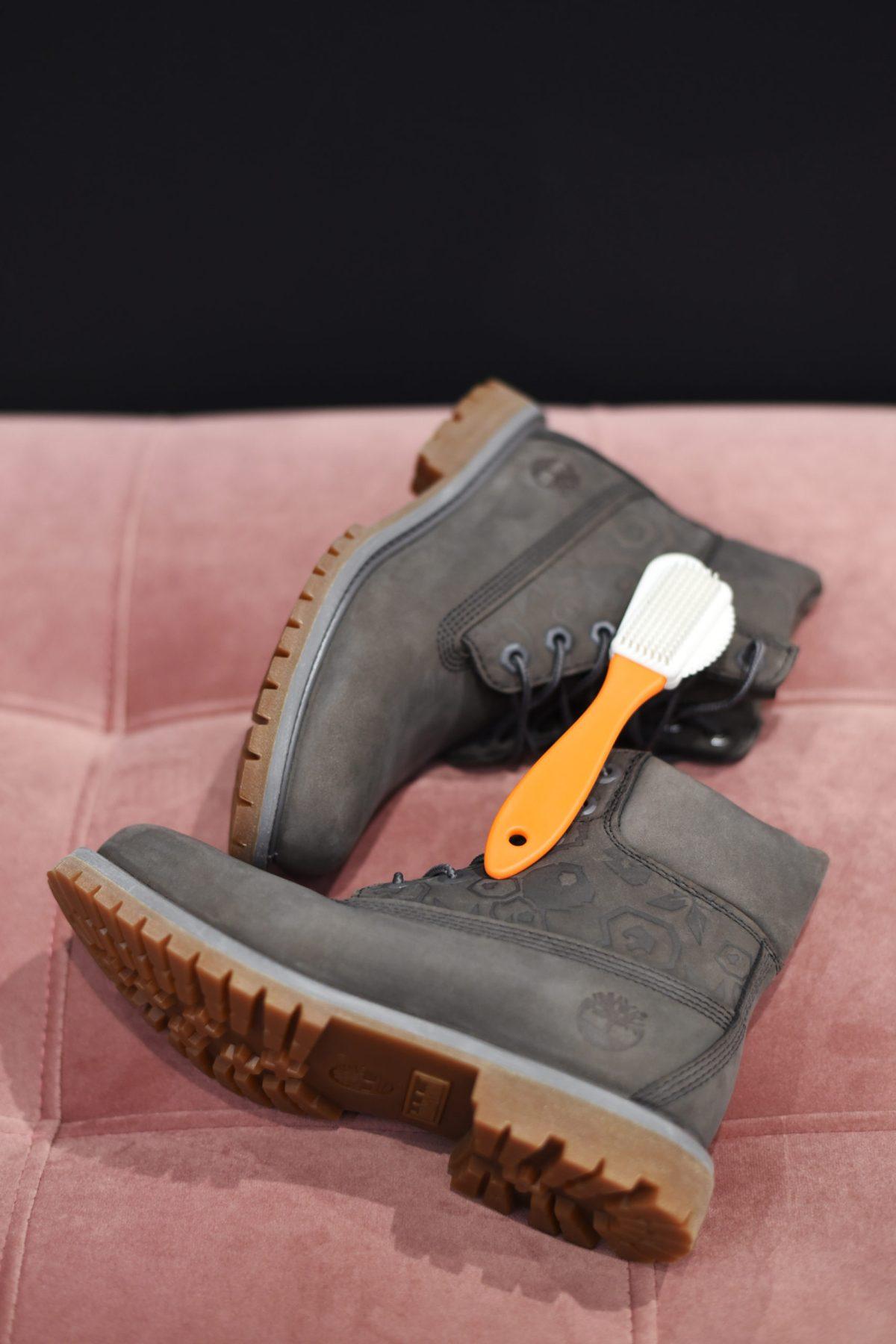 jak wyczyścić buty Timberland z większych zabrudzeń