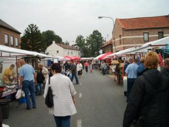 foto's rommelmarkt 2007 049