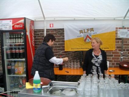 foto's rommelmarkt 2007 103