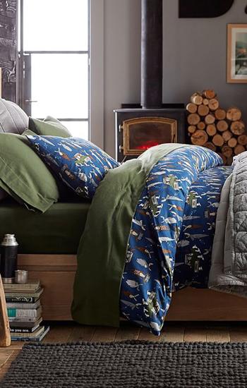 Merry Moose Bedding
