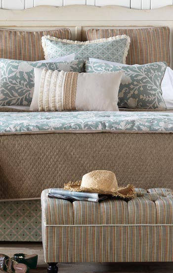 Eastern Accents Avila Bedding