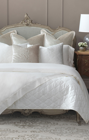 Eastern Accents Bedding Renata & Violetta