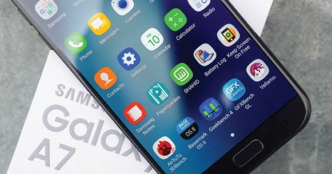Samsung Galaxy A7 (2018) with 4GB RAM