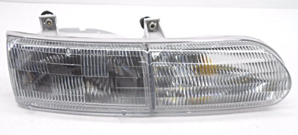 Safari Continental Replacement Right (Passenger) Replacement Headlight Unit
