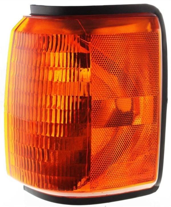 Country Coach Sedona Left (Driver) Corner Turn Signal Lamp Unit
