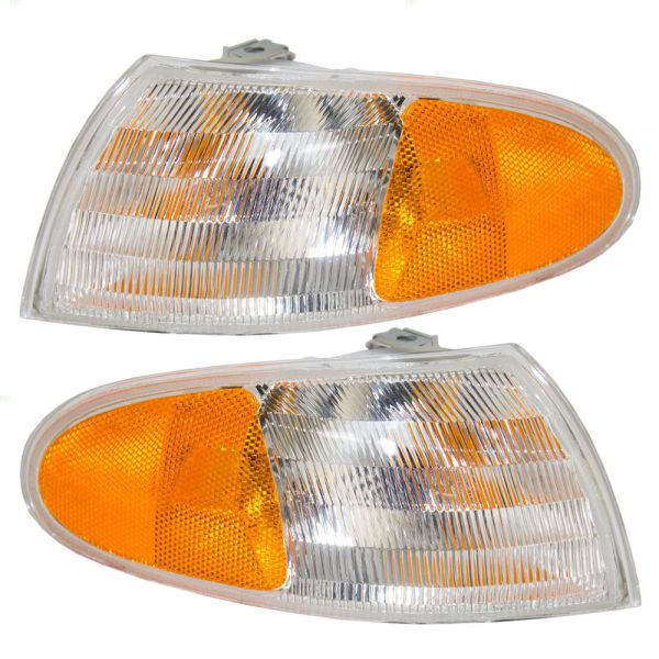 Winnebago Ultimate Freedom Corner Turn Signal Light Unit Pair (Left & Right)