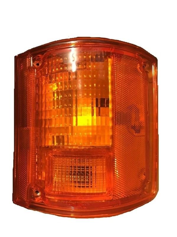 Monaco Diplomat Right (Passenger) Replacement Rear Turn Signal Light Lens & Housing
