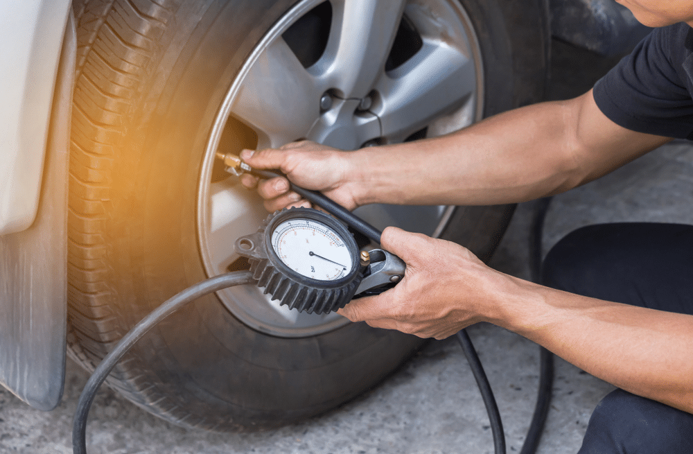 10 Best Tire Inflators with Gauges & Tire Gauges - Buyer's Guide