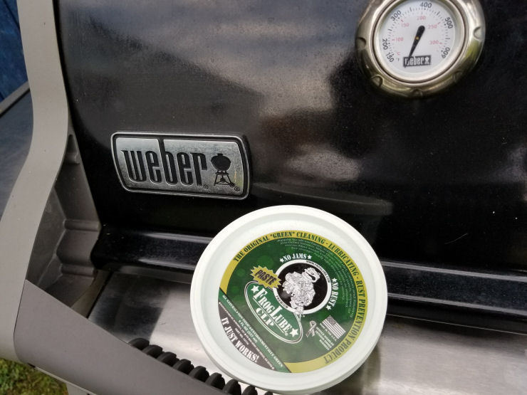 How to Protect Stainless Steel from Rusting, FrogLube on stainless steel, Prevent rust on Weber Grill with FrogLube CLP,