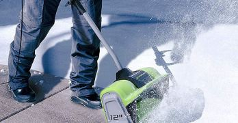 Green Works Electric Snow Shovel image