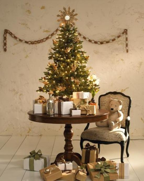small-yet-gorgeous-christmas-trees-2