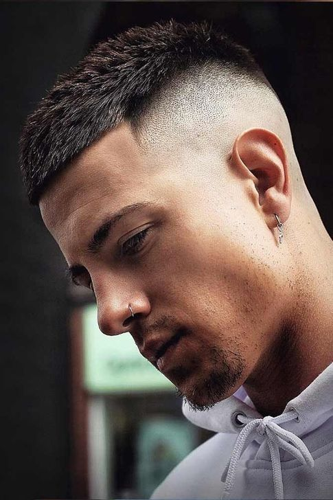 18 Best Hairstyle For Men For 2020 Trendy Haircuts Buzz Hairstyle